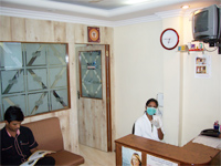 Pearly Whites Dental Clinic